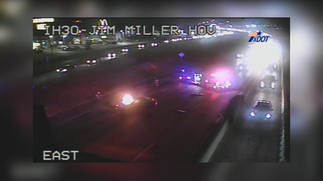 Woman killed in fiery crash on I-20 in Dallas