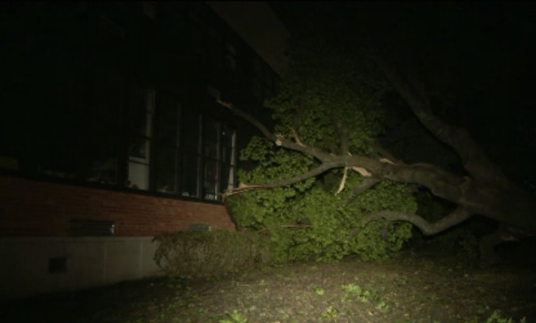 Several Dallas schools, at least 1 North Texas school district closed Monday due to damage from severe storms