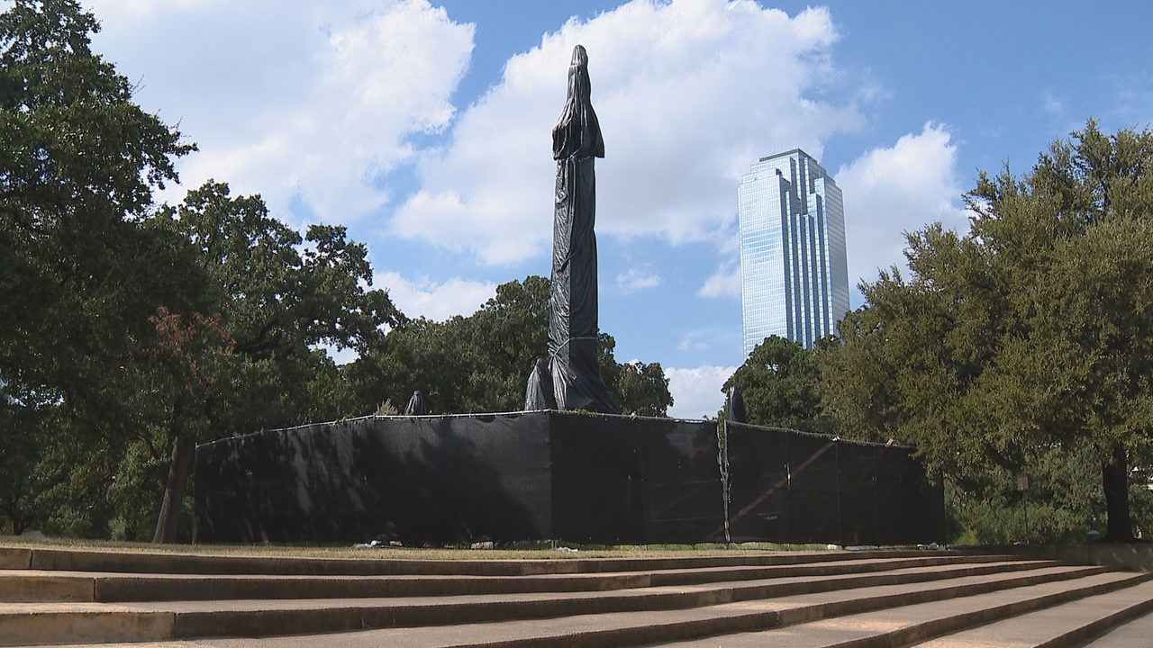 City leaders say Confederate monument lawsuit is financially farming Dallas