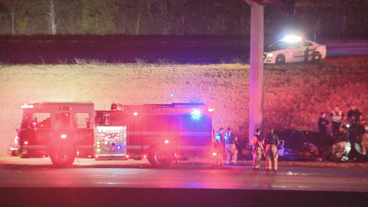 1 dead, 1 injured in overnight fiery crash on I-20 in Dallas